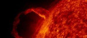 Une éruption solaire de très grande ampleur va frapper la Terre dans ACTUALITE soleil-300x133